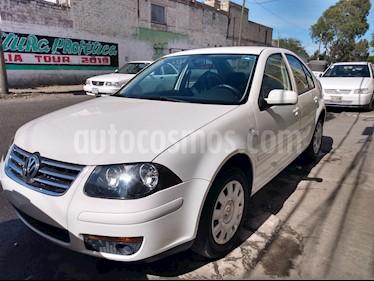 Volkswagen Jetta 2.0 usado (2013) color Blanco precio $119,994