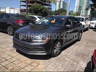 Volkswagen Jetta Trendline usado (2017) color Gris Oscuro precio $249,000