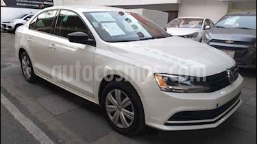 Volkswagen Jetta 4p L4/2.0 Aut usado (2018) color Blanco precio $205,000