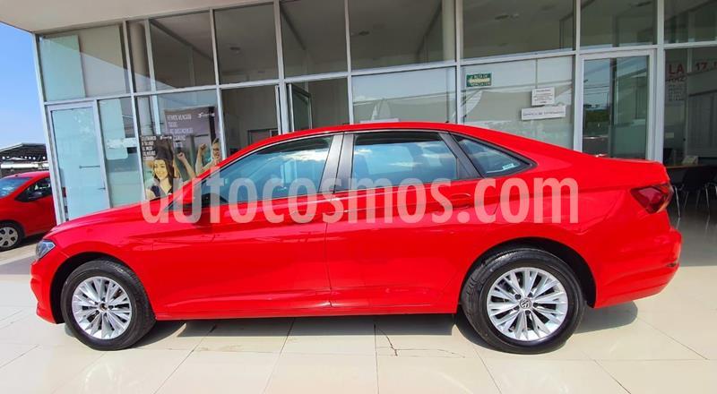 Volkswagen Jetta Comfortline usado (2019) color Rojo precio $221,600