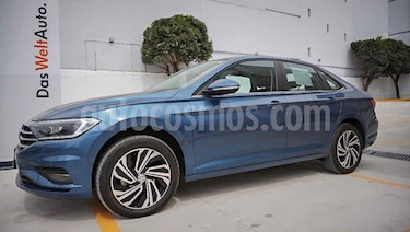 Volkswagen Jetta 4p Highline L4/1.4/T Aut usado (2019) color Azul precio $387,000
