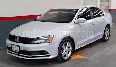 Volkswagen Jetta 2.0 usado (2018) color Blanco precio $209,000