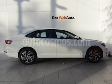 Volkswagen Jetta Highline Tiptronic usado (2019) color Blanco precio $389,000
