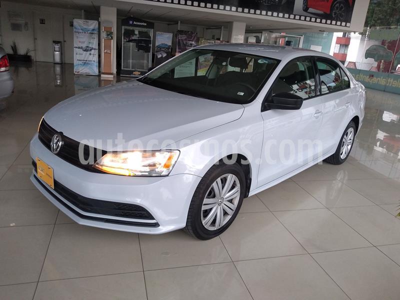Volkswagen Jetta 2.0 usado (2018) color Plata precio $195,000