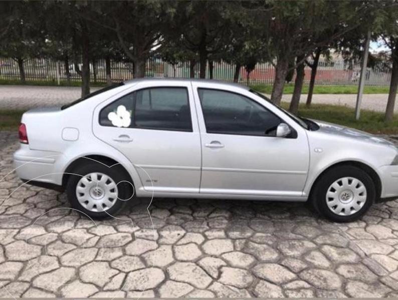 Volkswagen Jetta Live usado (2015) color Gris Platino precio $125,000