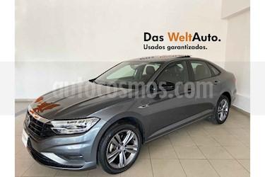 Volkswagen Jetta 4p R-Line L4/1.4/T Aut usado (2019) color Gris precio $337,111