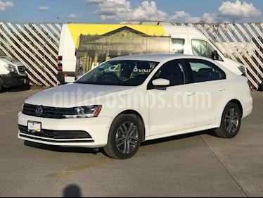 Volkswagen Jetta 4p Trendline L5/2.5 Aut usado (2018) color Blanco precio $194,901