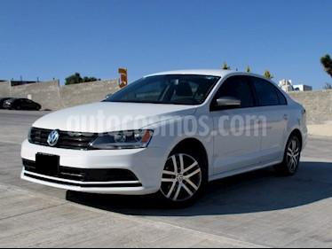 Volkswagen Jetta Live usado (2017) color Blanco precio $198,000