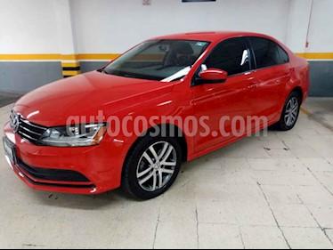 Volkswagen Jetta Trendline usado (2018) color Rojo precio $255,000