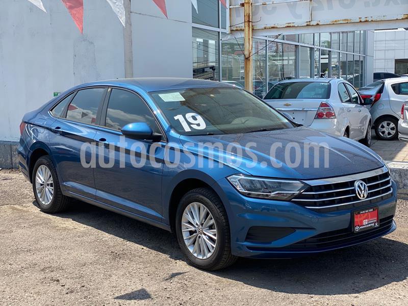 Volkswagen Jetta Comfortline usado (2019) color Azul precio $305,000