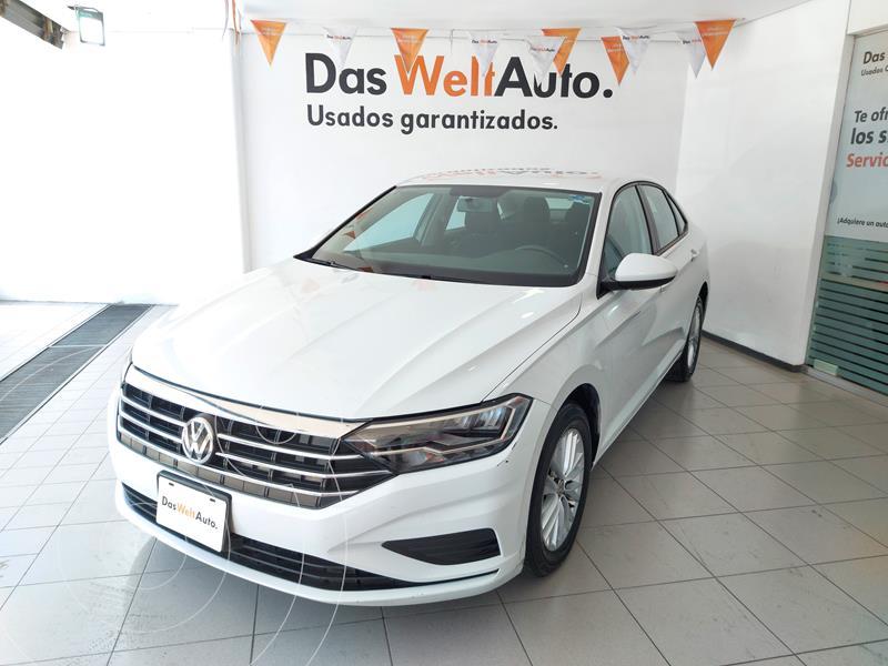 Foto Volkswagen Jetta Comfortline Tiptronic usado (2019) color Blanco precio $285,000