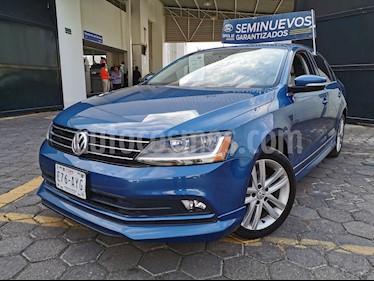 Volkswagen Jetta Sport Tiptronic usado (2018) color Azul precio $295,000