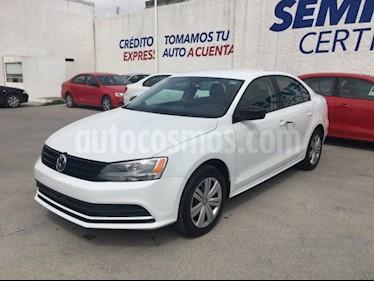 Volkswagen Jetta 2.0 usado (2018) color Blanco precio $235,000