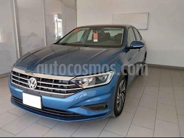 Volkswagen Jetta 4p Highline L4/1.4/T Aut usado (2019) color Azul precio $349,500
