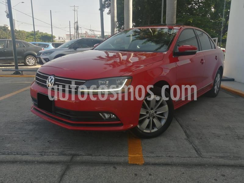 Volkswagen Jetta Comfortline usado (2018) color Rojo precio $245,000