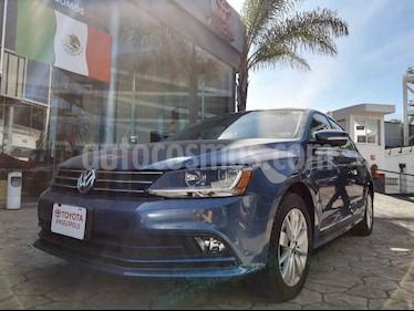 Foto Volkswagen Jetta Comfortline Tiptronic usado (2017) color Azul precio $230,000