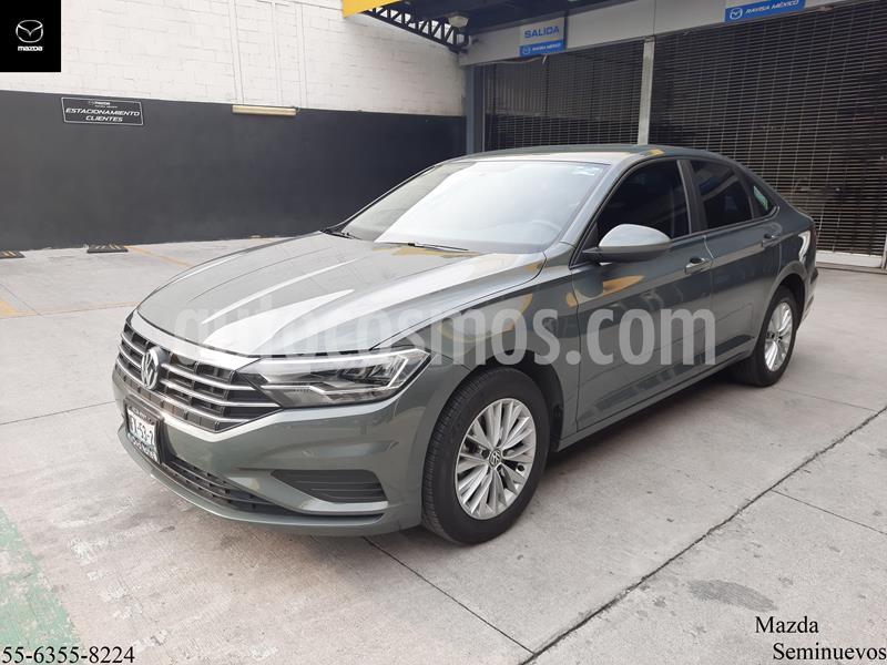 Volkswagen Jetta Comfortline 2.0 Aut usado (2019) color Gris precio $269,900