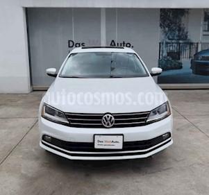 Foto Volkswagen Jetta Sportline Tiptronic usado (2018) color Blanco precio $291,990