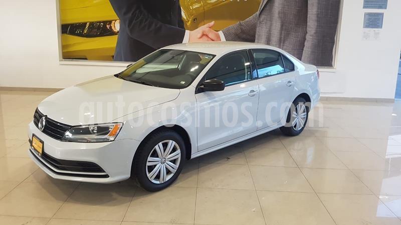 Volkswagen Jetta 2.0 usado (2018) color Blanco precio $199,900