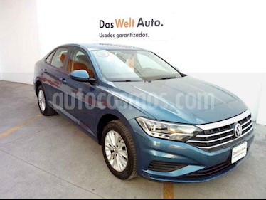 Volkswagen Jetta 4p Comfortline L4/1.4/T Man usado (2019) color Azul precio $299,900