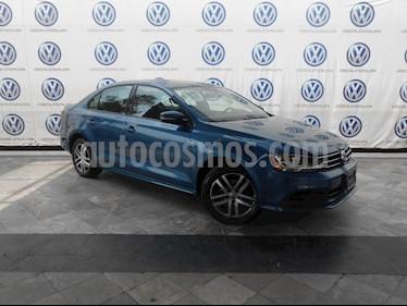 Foto Volkswagen Jetta Trendline Tiptronic usado (2017) color Azul precio $239,000