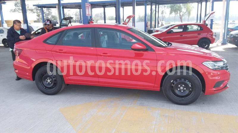 Foto Volkswagen Jetta Trendline usado (2020) color Rojo precio $309,990