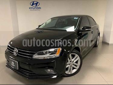 Foto Volkswagen Jetta 4p Sportline L5/2.5 Aut usado (2016) color Negro precio $228,000