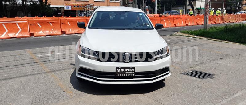 Volkswagen Jetta 2.0 Tiptronic usado (2018) color Blanco precio $190,000