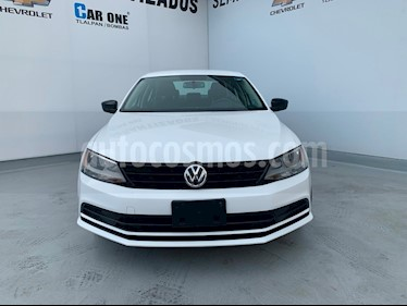 Volkswagen Jetta 2.0 Tiptronic usado (2017) color Blanco precio $185,000