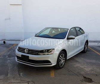 Volkswagen Jetta Trendline Tiptronic usado (2017) color Plata precio $218,000