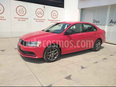Volkswagen Jetta 4p L4/2.0 Aut usado (2018) color Rojo precio $232,000