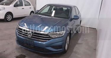 Volkswagen Jetta 4p Comfortline L4/1.4/T Aut usado (2019) color Azul precio $258,900