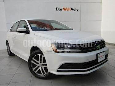 Volkswagen Jetta Trendline usado (2018) color Blanco precio $235,000