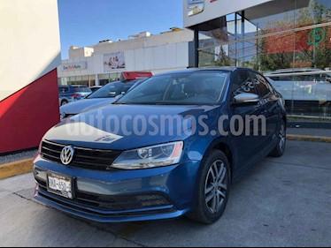 Volkswagen Jetta 4p Live L4/2.0 Aut usado (2016) color Azul precio $185,000