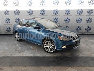 Foto Volkswagen Jetta Sportline usado (2016) color Azul precio $254,000