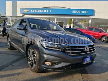 Volkswagen Jetta Highline Tiptronic usado (2019) color Gris Acero precio $389,000