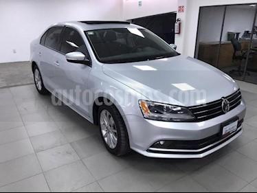 Volkswagen Jetta Comfortline usado (2016) color Plata precio $200,000