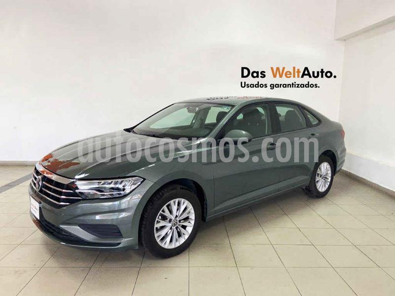Volkswagen Jetta Comfortline usado (2019) color Verde precio $280,501
