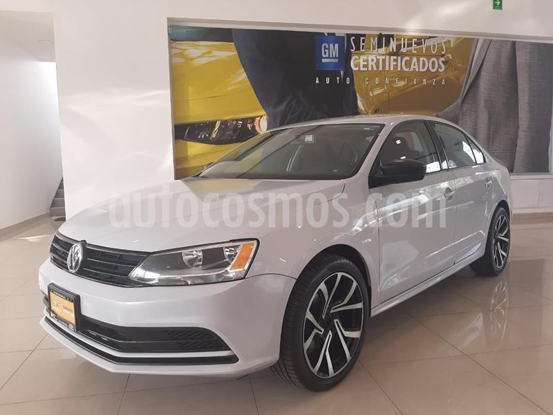 Volkswagen Jetta 2.0 usado (2018) color Blanco precio $193,900