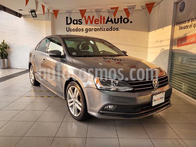 Volkswagen Jetta Sportline usado (2015) color Gris Platino precio $189,000