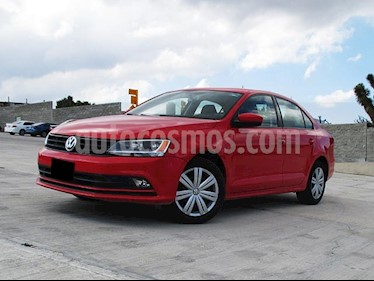 Volkswagen Jetta 2.0 Tiptronic usado (2017) color Rojo Tornado precio $230,000