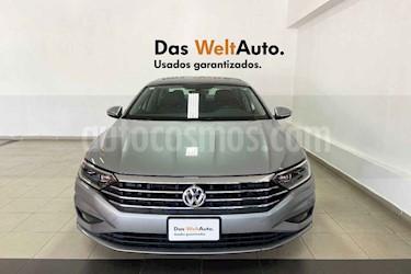 Volkswagen Jetta 4p Highline L4/1.4/T Aut usado (2019) color Plata precio $349,499