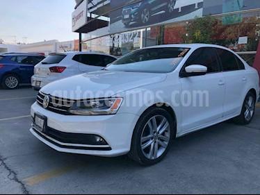 Volkswagen Jetta 4p Sportline L5/2.5 Aut usado (2016) color Blanco precio $191,990