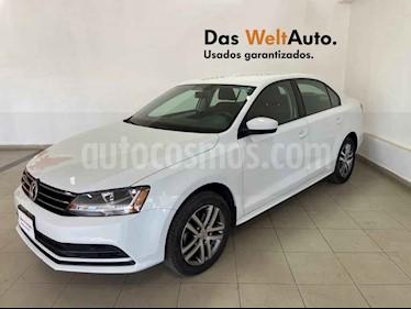 Volkswagen Jetta 4p Trendline L5/2.5 Aut usado (2018) color Blanco precio $214,799