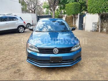 Volkswagen Jetta 2.0 usado (2017) color Azul precio $168,000