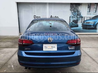 Volkswagen Jetta Sportline Tiptronic usado (2018) color Azul precio $304,990