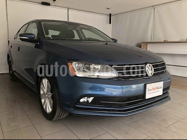 Volkswagen Jetta 4p Comfortline L5/2.5 Aut usado (2018) color Azul precio $235,000
