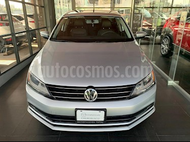 Volkswagen Jetta Sportline usado (2016) color Plata Reflex precio $220,000