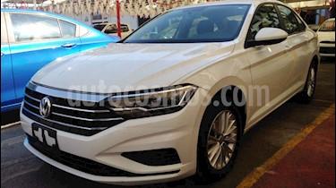 Volkswagen Jetta Comfortline Tiptronic usado (2019) color Blanco precio $258,900