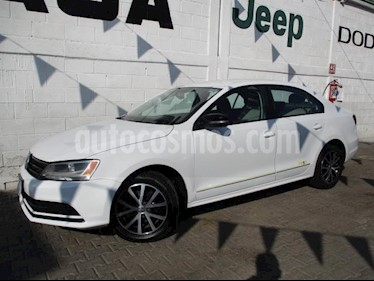 Volkswagen Jetta Fest Tiptronic usado (2017) color Blanco precio $245,000